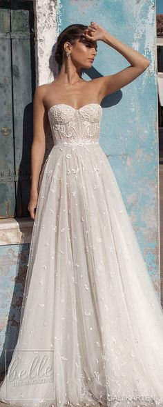 Gali Karten Wedding Dresses 2018 - Burano Bridal Collection features exquisite gowns in a plethora of gorgeous silhouettes. Wedding Dresses 2018, Diy Wedding Dress, Ceremony Dresses, Tulle Wedding, Gown Wedding, Mermaid Wedding, Wedding Bouquets, Wedding Decor, Wedding Ideas