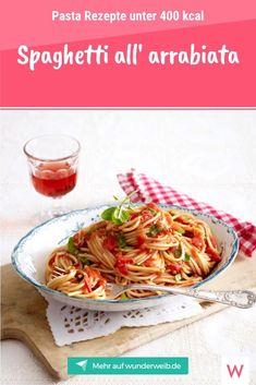 Nudeln machen dick? So ein Quatsch! Wer die kleinen Teigwaren clever kombiniert, darf sich über leichte Pasta Rezepte unter 400 kcal freuen. Pasta, Spaghetti, Healthy Recipes, Healthy Food, Low Carb, Sweets, Ethnic Recipes, Baguette, Avocado