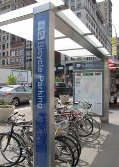 Bike parking kiosk
