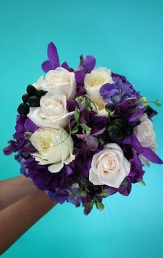 purple wedding colors, purple bouquet, bridal bouquet with purple, lavender wedding colors, round modern clean bridesmaid bouquet black berried roses purple orchids, sweet peas