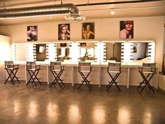 Professional Makeup Artist Station - Makeup Vidalondon