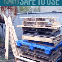 Have a great pallet project you want to make, don't know if it is safe to use the pallets you find? How do you know if your wood pallet is safe to use for your project? Recently, a reader drew our attention to the possible dangers using of shipping pallets, especially in DIY projects