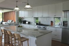 Hamptons Kitchen, The Hamptons, Hampton Style, Kitchen Island, Home Decor, Island Kitchen, Interior Design, Home Interior Design, Home Decoration