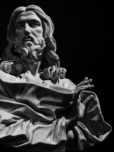 Salvator Mundi, Bernini Portrait Sculpture, Sculpture Art, Jesus Christ Statue, Jesus Art, Jesus Tattoo, Classic Sculpture, Jesus Statue Sculpture, Angel Sculpture, Zues Statue