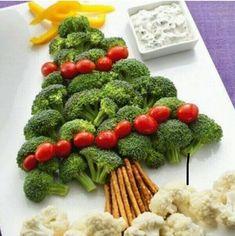 arbol de navidad de verduras, comida de navidad, comida divertida