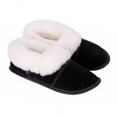 Our customers' favorite sheepskin slipper! These low-cut classic sheepskin slippers for men and women will keep feet toasty warm without covering ankles. Mens Sheepskin Slippers, Suede Booties, Womens Slippers, Pitch, Classic, Gift Guide, Happy Birthday, Cozy, Slipper