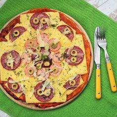 Сегодня у нас день пиццы #pizza #пицца #колбаса #маслины #сыр #foodporn #food