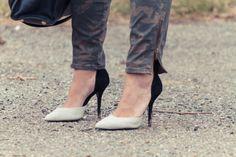 A Hint of Moxie: Chaos #stevemadden #michaelkors #shoes #pumps #blackandwhite