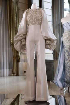 Rami Al Ali Frühjahr/Sommer 2018 Paris Haute Couture Rami Al Ali, Haute Couture Paris, Valentino Couture, Haute Couture Fashion, Hijab Fashion, Fashion Dresses, Muslim Fashion, Mode Kimono, Evening Dresses