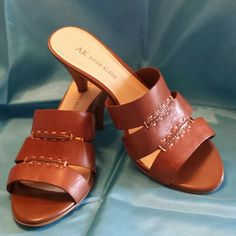 Anne Klein leather sandals size 6 Very comfortable classy sandals with 2.5 inch heels  made of brown leather. Gently worn. Original box. Anne Klein Shoes Sandals