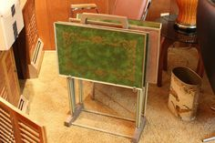 Vintage TV table tray set