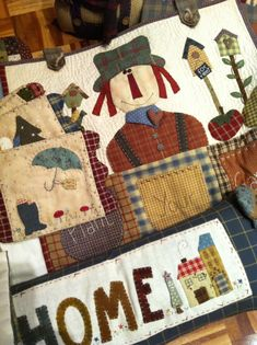 Mis trabajos Wool Applique Quilts, Applique Patterns, Quilt Patterns, Adornos Halloween, Country Quilts, Fall Quilts, House Quilts, Country Crafts, Patchwork Bags
