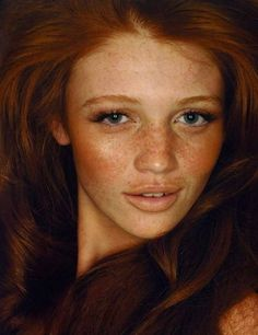#readhead #porcelain #skin #eyes #ginger #perfect #freckles #hair #striking