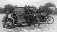 Harley 1916 del ejercito americano, armada con el fusil automático Benet-Mercier(2): Más en www.elgrancapitan.org/foro