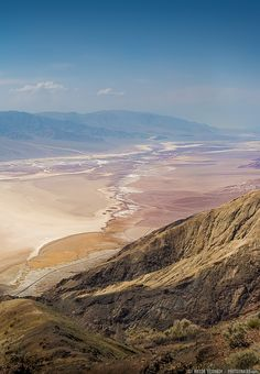 The Death Valley's Dantes View (California) - by Viktor Elizarov from www.PhotoTraces.com