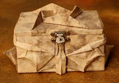 The King Owl's treasure  Wooden box and two sheets of paper  #orgami #paper-art #owl #treasure #box #money #safe