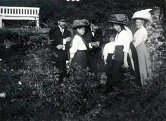 Tsar Nicholas II, Grand Duchess Maria, Ernst of Hesse, Grand Duchess Anastasia, Grand Duchess Tatiana and a lady in Germany