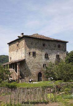 Casa Torre Dorrea de Irurita. Valle del Baztan