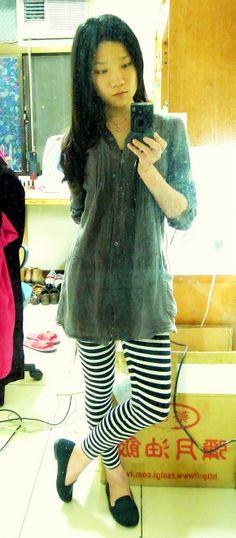charcoal gray linen dress + stripe leggings + black loafers.