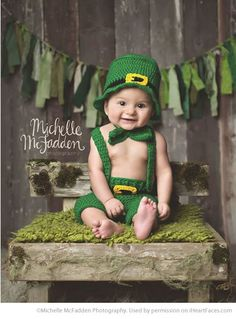 St. Patrick's Day Photo Inspiration - Child Photography by Michelle McFadden Photography featured on I Heart Faces Photography Blog