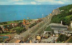 The view southward, Southend-on-Sea. Vintage Postcards, Childhood Memories, Paris Skyline, The Past, England, Sea, World, Travel, Vintage Travel Postcards