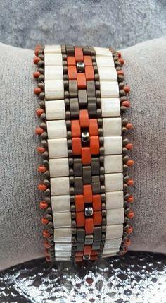Mosaic Bands, Tila bead pattern for sale from Deb Roberti ~ Seed Bead Tutorials Beaded Necklace Patterns, Beaded Bracelets Tutorial, Seed Bead Bracelets, Seed Bead Jewelry, Handmade Bracelets, Beaded Earrings, Silver Bracelets, Bracelet Charms, Gemstone Bracelets