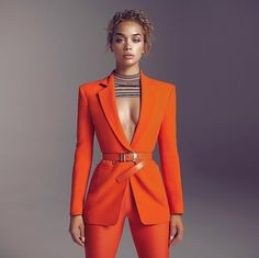 Feb 2020 - Formal Women Business Suits 2 Piece Pant and Jacket Set Blazer Ladies Office Uniform - picture color, M - & Suit Fashion, Look Fashion, Womens Fashion, Fashion Trends, Cheap Fashion, Classy Outfits, Chic Outfits, Inspired Outfits, High Fashion Outfits