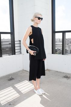 Blair Badge, Finders Keepers Top, Fashion BNKR, minimalist, Vince slip-ons, fashion blogger