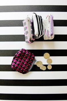 Coin Pouch Tutorial - see kate sew Diy Coin Pouches, Coin Bag, Pencil Case Tutorial, Zipper Pouch Tutorial, Quilt Tutorials, Sewing Tutorials, Sewing Ideas, Diy Wallet, Frame Purse
