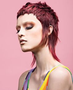 Mullet Haircut, Mullet Hairstyle, Edgy Short Hair, Edgy Hair, Skinhead Haircut, Medium Hair Styles, Curly Hair Styles, Modern Mullet, Shaggy Hair
