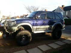 """My finished landcruiser prado 95 with 10"""" lift on 37"""" tyres"""