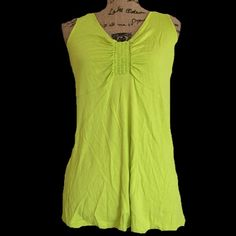 Valerie Bertinelli lime green tank Super cute! Rayon and spandex blend. BUNDLES OF 5 OR MORE ITEMS ARE 50% OFF! Tops Tank Tops