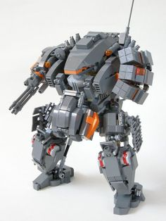 LEGO + Robot Models = Epic Awesome! Makes me really wanna build LEGO creations again!: