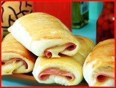 Massa para todos os tipos de salgados (Esfiha ,cachorro quente de forno, enroladinho de queijo e presunto ,hambúrguer de forno,pizza, joelho e etc) Ingredientes:1 Kg de farinha de trigo 2 copos de leite morno.. O copo pode ser o de requeijão 4 tabletes de fermento de pão---60 gramas 1 Xícara de óleo 1 colher de sopa de sal