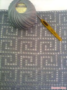 Filet Crochet Charts, Crochet Diagram, Crochet Stitches Patterns, Crochet Designs, Knitting Patterns, Crochet Shirt, Crochet Cardigan, Knit Or Crochet, Crochet Motif