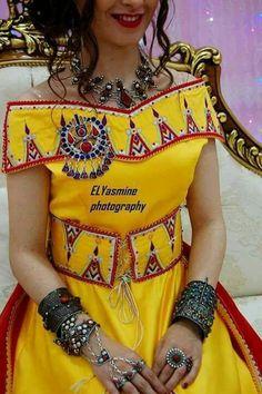 Robe kabyle jaune canari