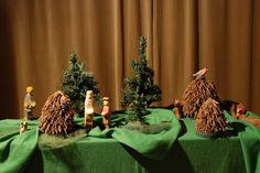 """Poppenatelier Severine: Tafelspel: Het Kleine Kerstboompje uit boekje """"Nog een keer"""" Hennie de Gans."""