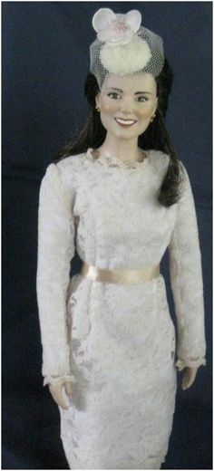 Ashton Drake Kate Bride Doll With Finishing Touches
