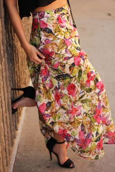 The Brunette One: My Style: Crop Top + Show Me Your Mumu Floral Maxi Skirt