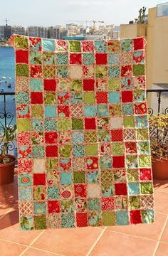 Rag quilt - easy to follow tutorial, using layers of flannel for back and wadding.