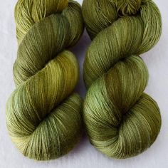 This colorway is a Wild Iris, meaning it is a truly unique, non-repeatable color. When this colorway is sold out, no more can be produced. Katahdin This light f
