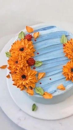 Cake Decorating Frosting, Cake Decorating Designs, Creative Cake Decorating, Cake Decorating Techniques, Cake Decorating Tutorials, Creative Cakes, Cake Designs, Cookie Decorating, Beautiful Cakes