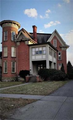 c. 1880 - Hornell, NY - $160,000 - Old House Dreams