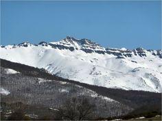 Tres Mares, Pico Tresmares es la montaña ubicada entre el valle de Polaciones y los montes de Campoo-Valderredible. (Cantabria).