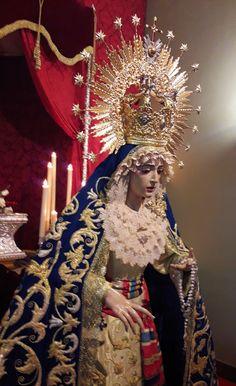 Solemne y devoto Besamanos en honor a la Santísima Virgen Madre de la Divina Gracia, en la Parroquia del Buen Pastor