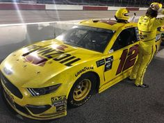 Ryan Blaney, Vintage Race Car, Paint Schemes, Nascar, Hot Rods, Race Cars, Awesome Shoes, Track, Universe