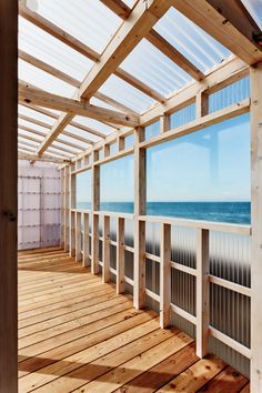 Carport Designs, Pergola Designs, Wood Architecture, Sustainable Architecture, Home Building Tips, Building A House, Garage Transformation, Clifton Beach, Balustrades