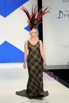 kellie-pickler-9th-annual-dressed-to-kilt-fashion-show.jpg