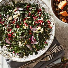 Kale Salad with Quinoa, Pistachios and Pomegranate Seeds http://rstyle.me/n/tnjmrnyg6