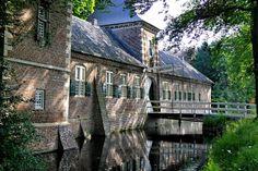 Kasteel Gemert (Noord-Brabant) Medieval Town, Netherlands, Holland, Amsterdam, Dutch, To Go, Castle, Explore, Mansions